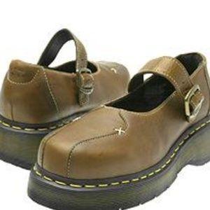 Dr. Martens - 3A59 Series - Zoe Brown shoe sz7